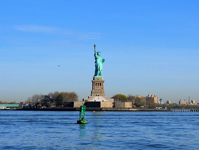 Staten Island Ferry - Statue of Liberty