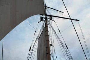 Sunday Champagne Brunch Sail