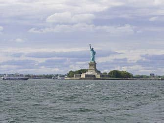 Sunday Champagne Brunch Sail - Statue of Liberty