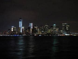 Circle Line: New York Harbour Lights Cruise - Skyline