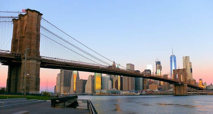 Brooklyn Bridge in New York - From Brooklyn Bridge Park