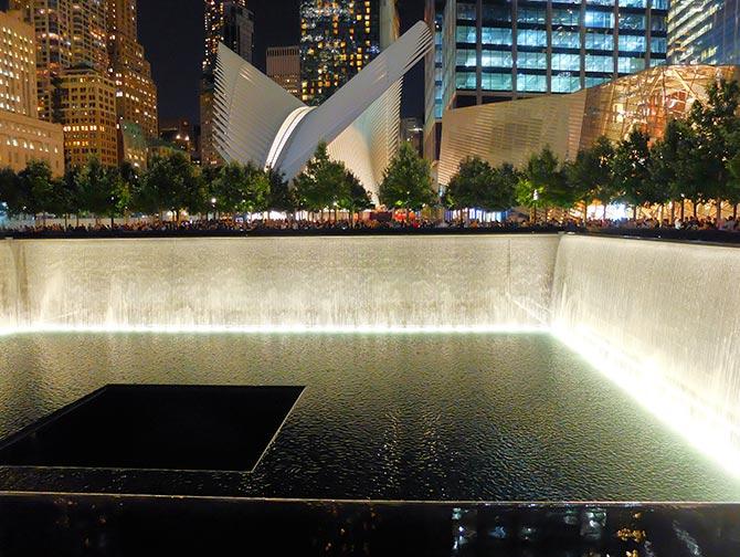 9/11 Memorial in New York - night