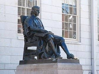 Day Trip to Boston - Statue John Harvard