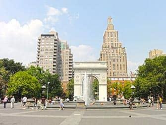 New York TV and Movie Sites Tour - Washington Square Park