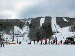 Ski or Snowboard Day trip in New York