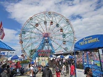 Coney Island in New York - Ferris Wheel