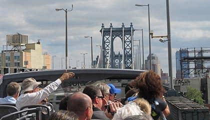 Hop-on Hop-off Bus in New York - Brooklyn Loop