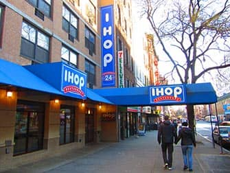 Typical American Food in NEW YORK - IHOP