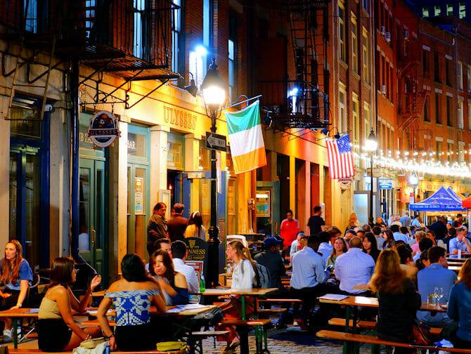 Stone Street Restaurants in New York - Bars and Restaurants