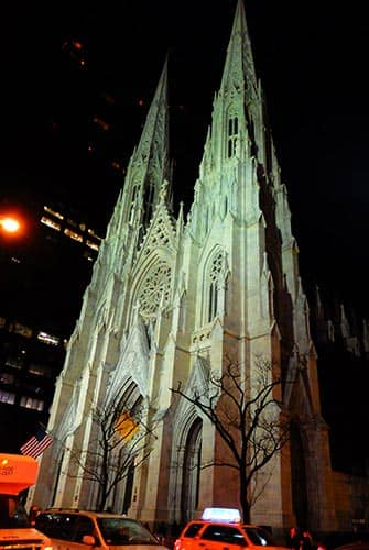 St. Patrick's Cathedral in New York - At night