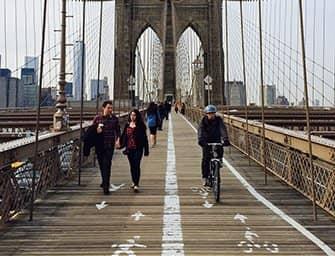 Bike Rental in New York - Biking on the Brooklyn Bridge