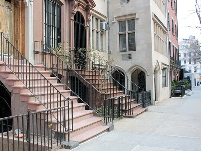Classic Film Tour in New York - Breakfast at Tiffany's Apartment