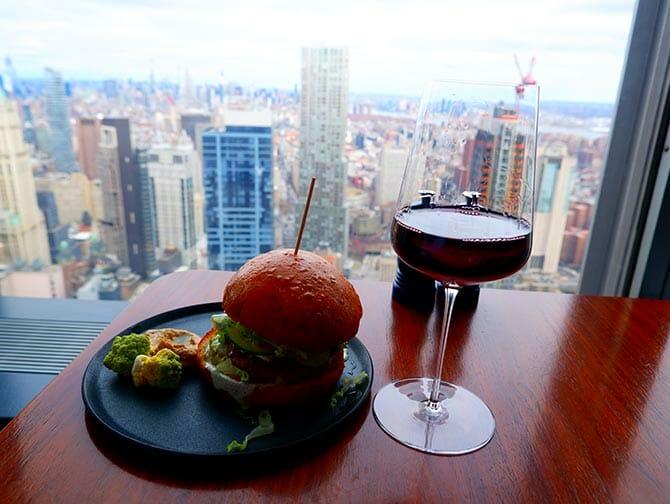 Restaurants in New York - Drink at Manhatta